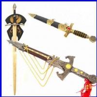 Espadas e Punhais