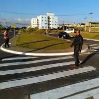 Reginaldo da Van acompanha serviços de manutenção no bairro do Portão