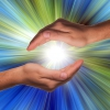 Mãos que Curam: O Chacra das Mãos